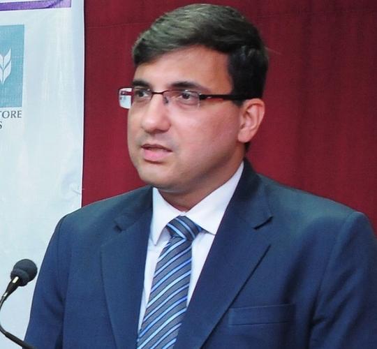 Huzefa Fakhri Sitabkhan -  Independent Director of Sakthi Financial Services