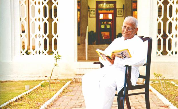 Dr.N.Mahalingam